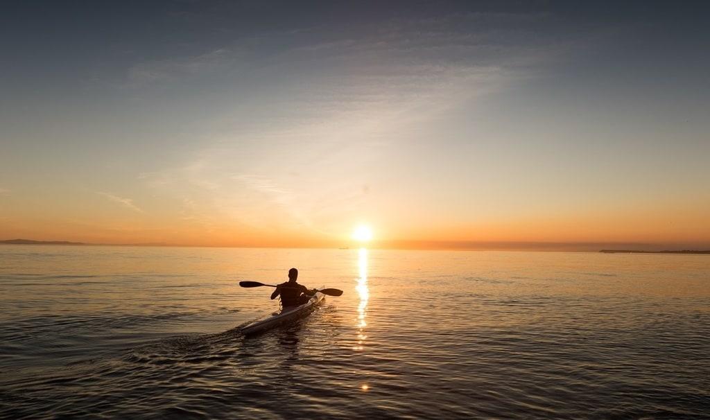 Nord-Pas-de-Calais : un homme voulait rallier l'Angleterre sur un canoë